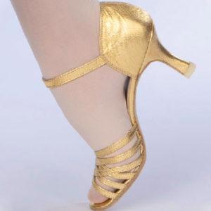 золотистые бальные женские туфли