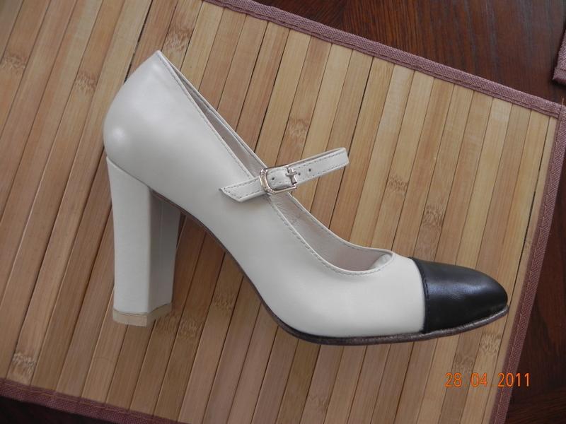 Туфли сценические женские комбинированные высокий каблук