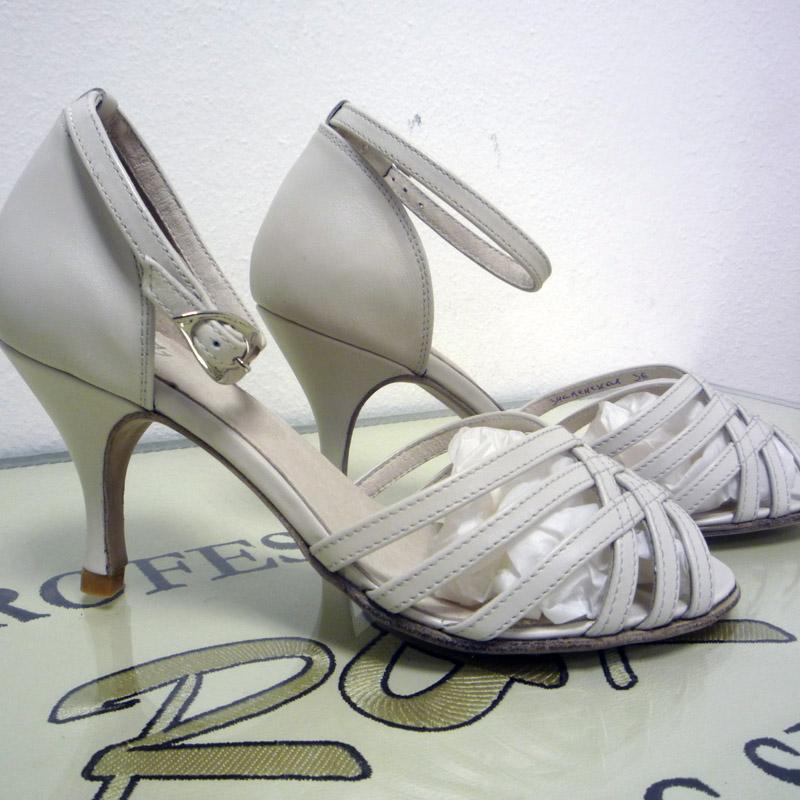 танцевальные туфли для группы Люсия-Лотинос