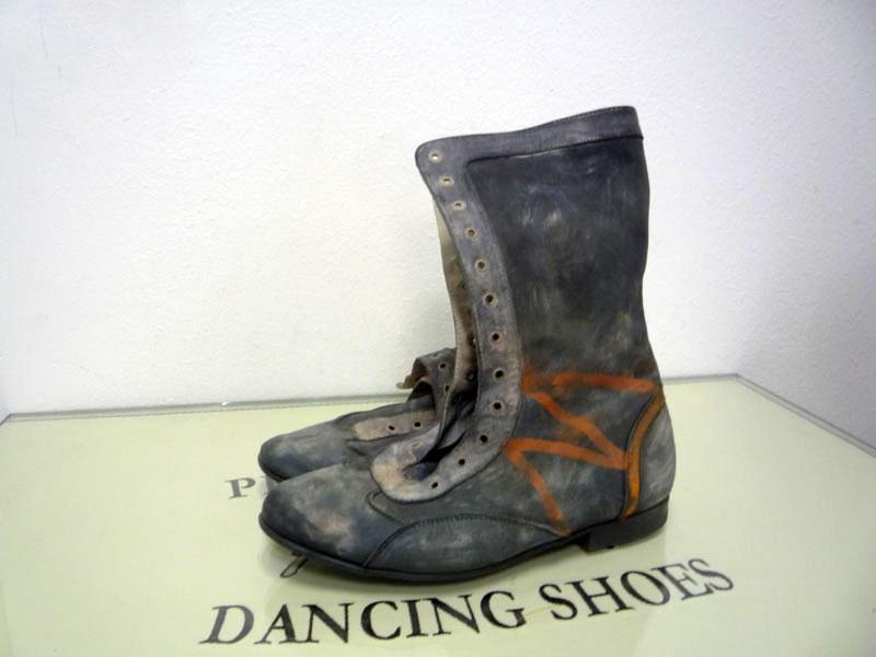 Рикки Тикки Тави ботинки для спектакля