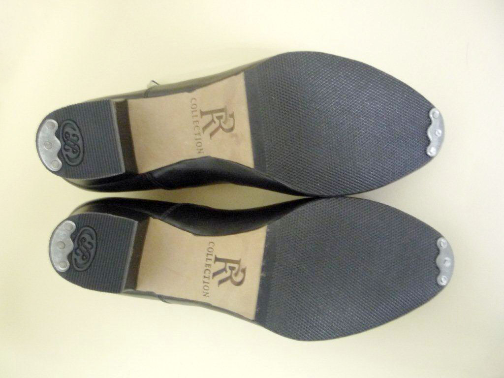 обувь с набойкой под степ