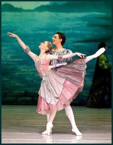танцоры в туфлях маруся